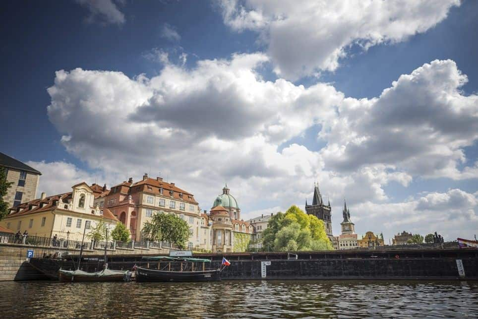 Prague Castle River Boat Tour Exclusive Prague Tour Prague - A walking tour of prague 15 historical landmarks