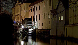Prague sightseeing – Ghost tour by boat by Prague Trips & Tickets