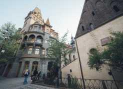 Prague-Castle-Night-Tour-02-scaled
