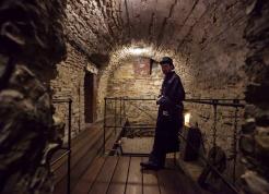 018_underground_walk_by-_lamplight-scaled